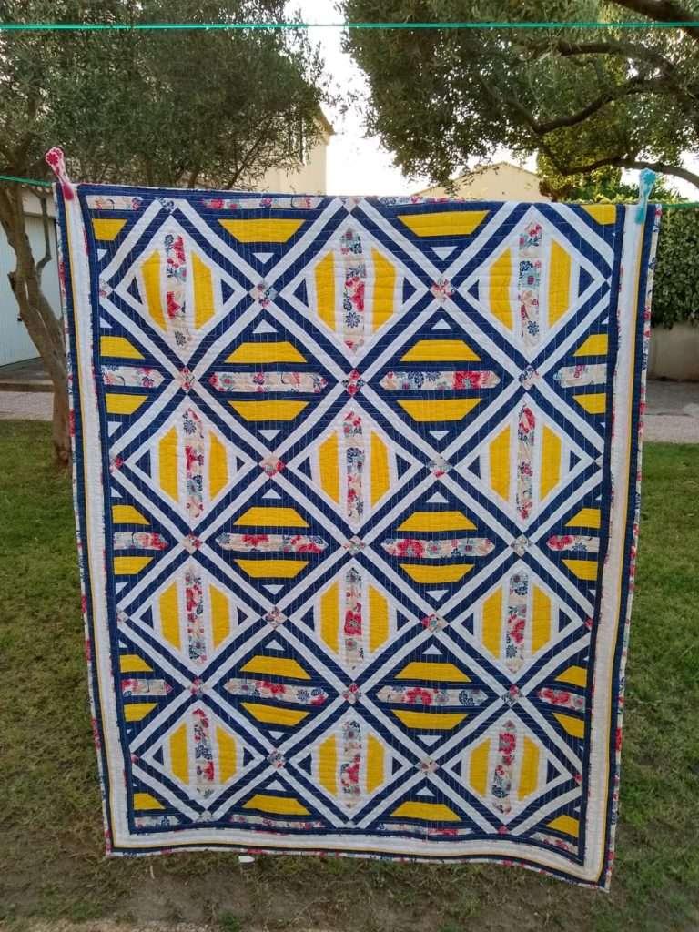 Quilt jaune bleu blanc, patchwork