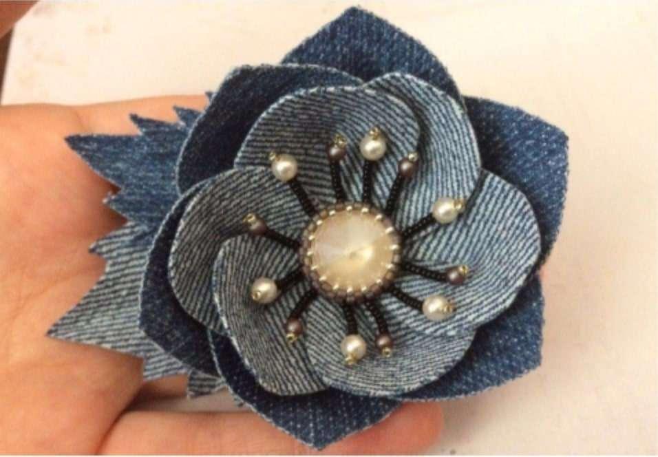 fleur en chutes de jeans